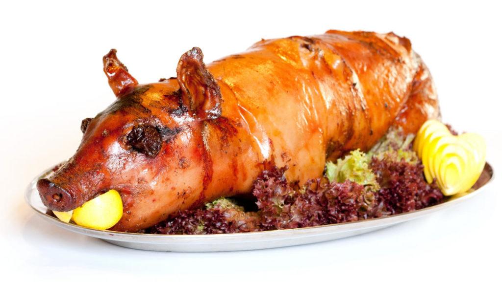 Spanferkel und die Frage ist Fleisch essen oder vegane Ernährung gesünder