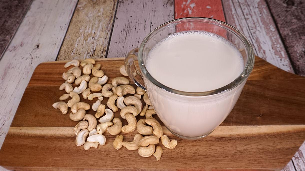 cashewmilch pflanzliche Milch